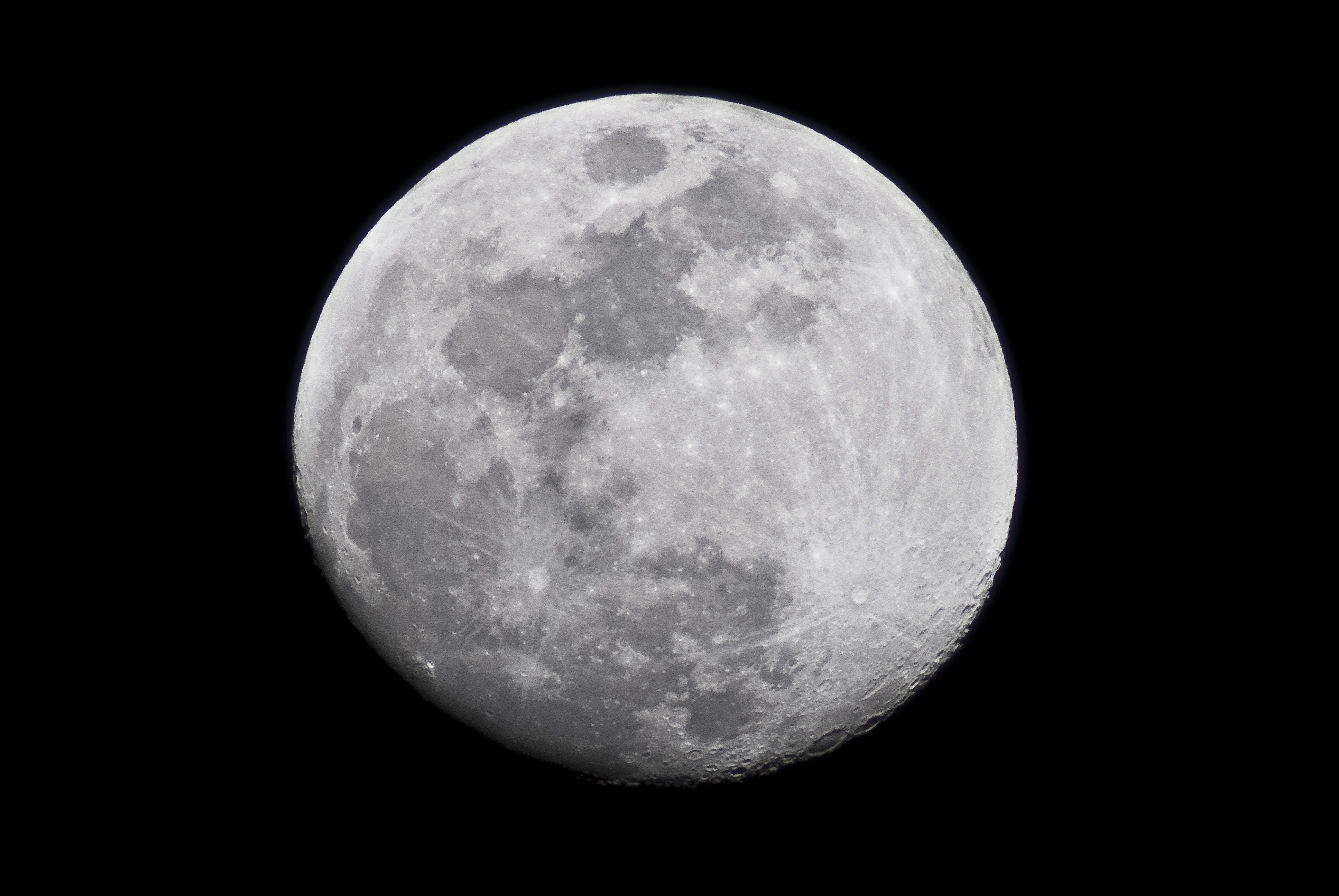 Will the Super Moon Change Your Mood?